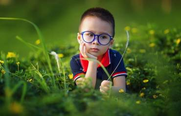 When can my child start to wear glasses?