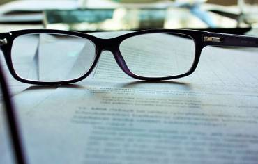 Why should you avoid cheap glasses?